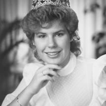 1983-84 Cheryl Hankewich