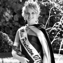 2007-08 Emily Ludington